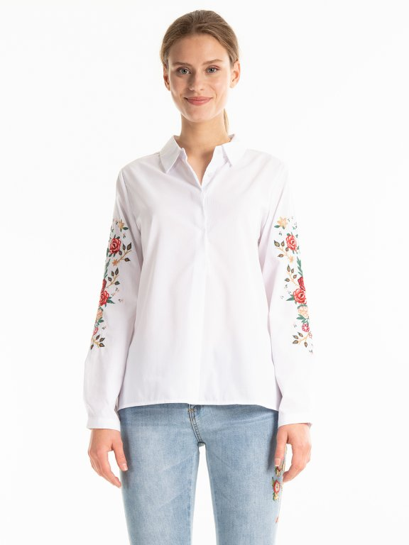 Shirt with emroidery on sleeves