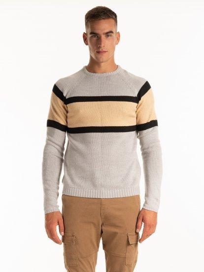 Viacfarebný sveter