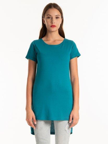 Jednoduché dlouhé tričko