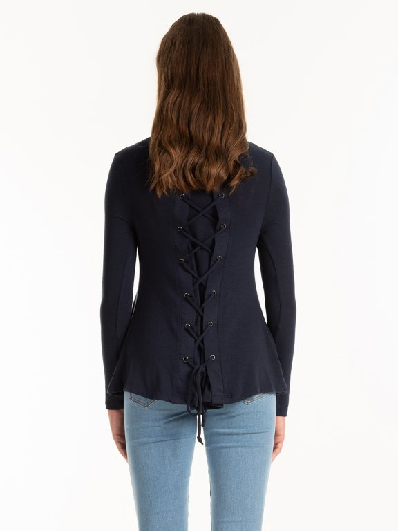 Jumper with back lacing
