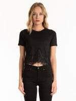 CROP TOP WITH LACE DETAIL