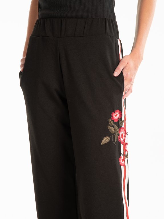 Wide leg trousers with side tape
