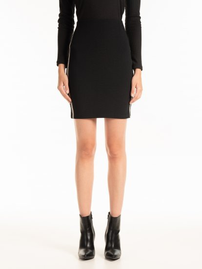 STRUCTURED MINI BODYCON SKIRT WITH DECORATIVE SIDE TAPES