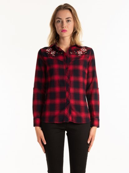 PLAID COTTON SHIRT WITH FLOWER EMROIDERY DETAIL