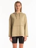 Boyfriend hoodie with raw details