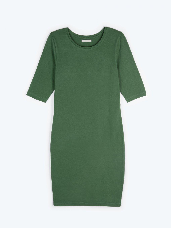 Jednoduché popnuté šaty