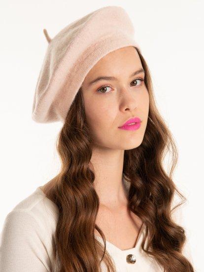 Jednokolorowy beret