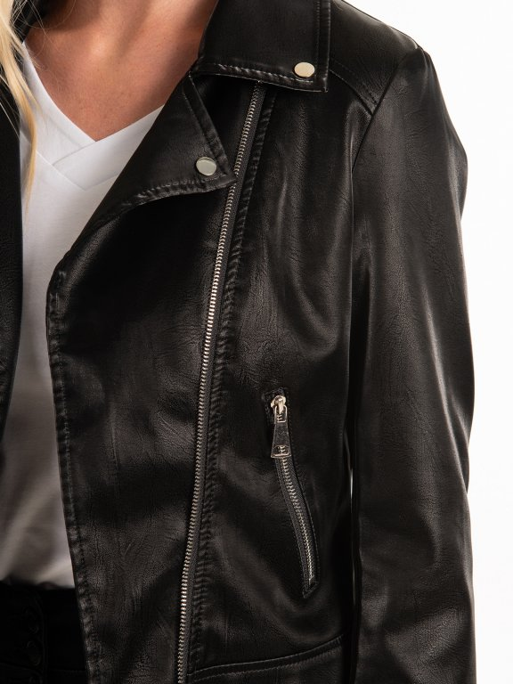 Biker jacket with shiny effect