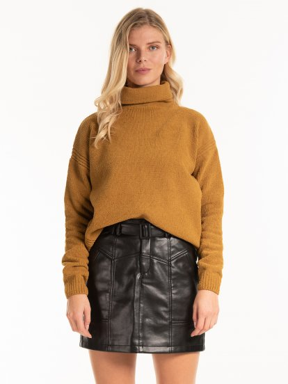 CHENILLE TURTLENECK