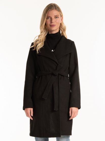 Longline coat with belt