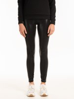 Patterned faux leather leggings