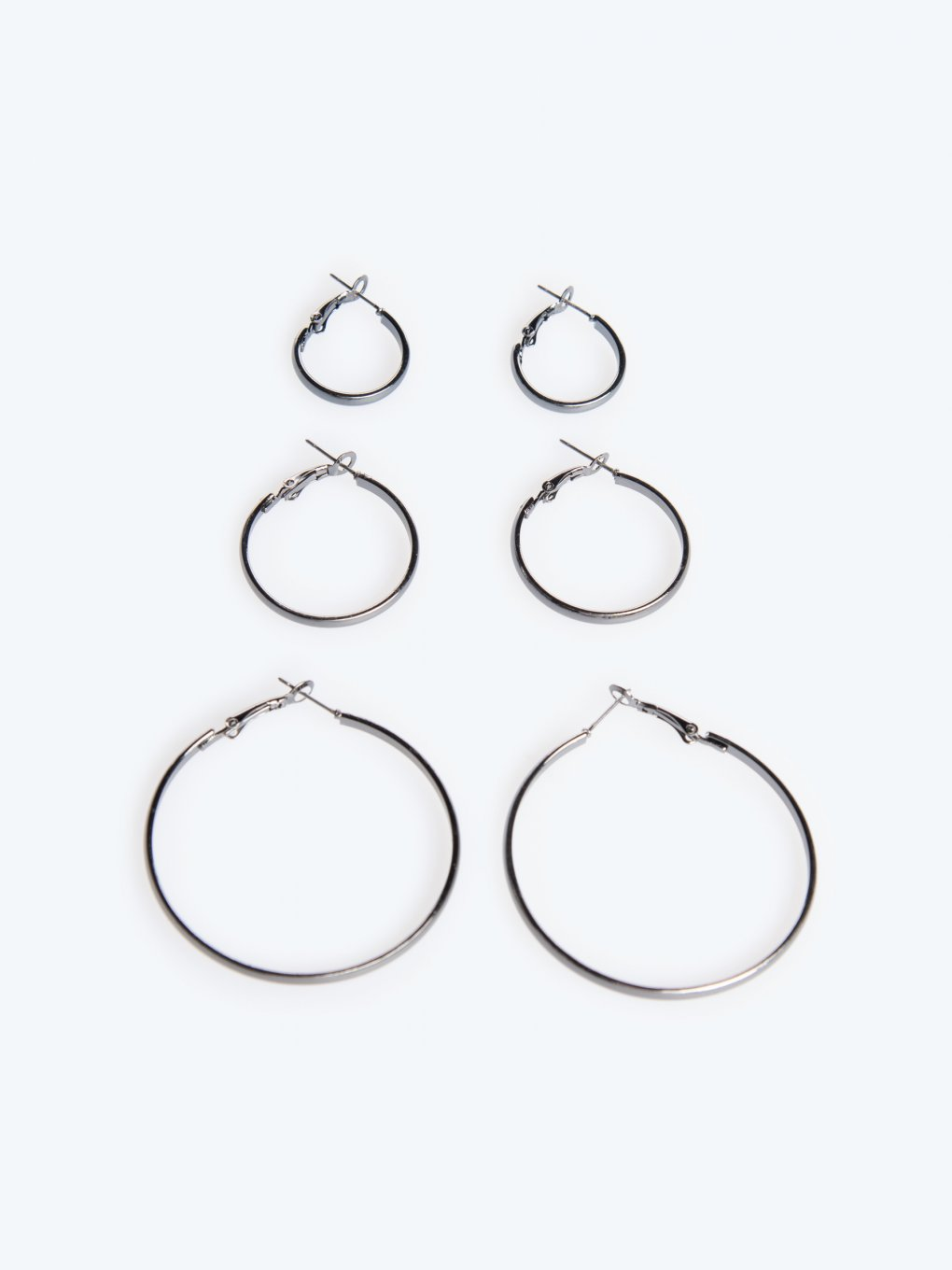 3-pack hoop earrings
