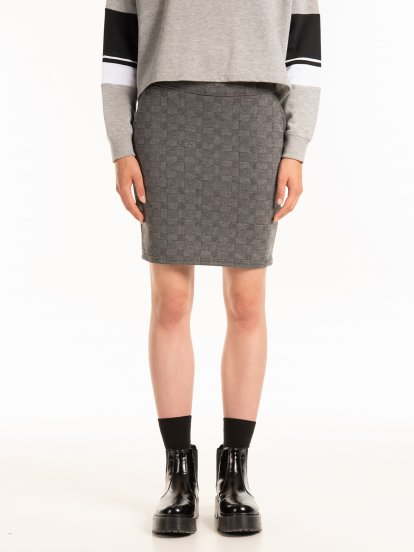 Patterned bodycon skirt with pockets