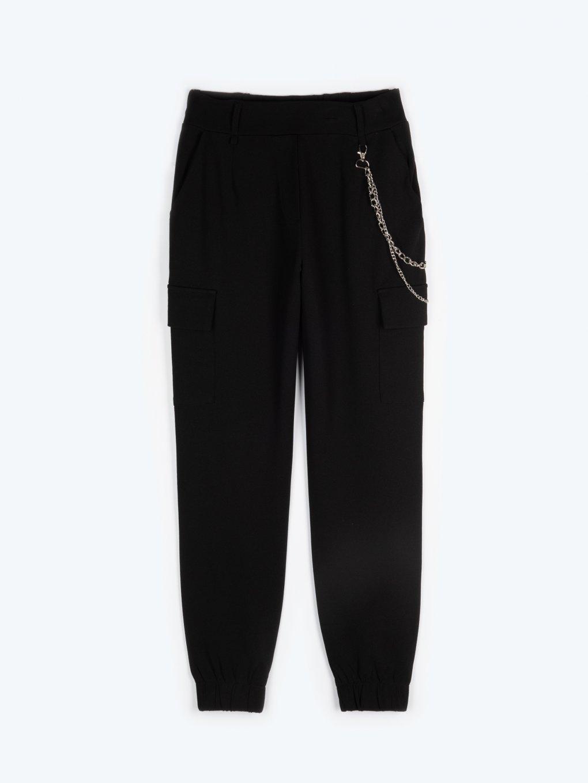 Kapsáčové kalhoty s řetízkem