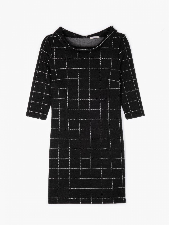 Kostkované šaty s širokým límcem