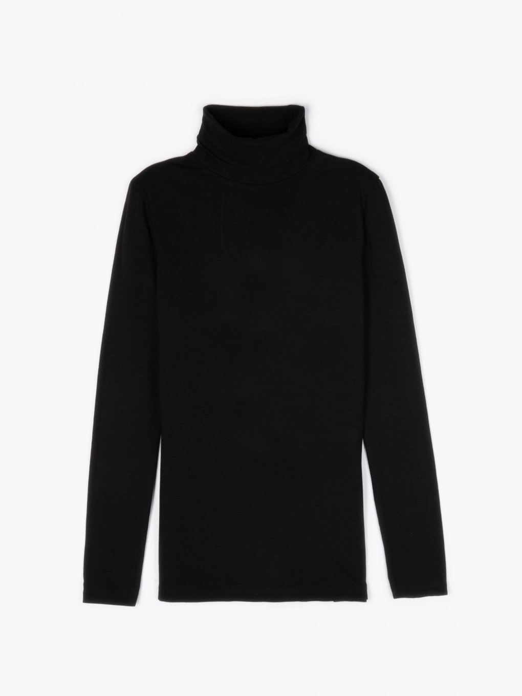 Basic cotton turtleneck t-shirt