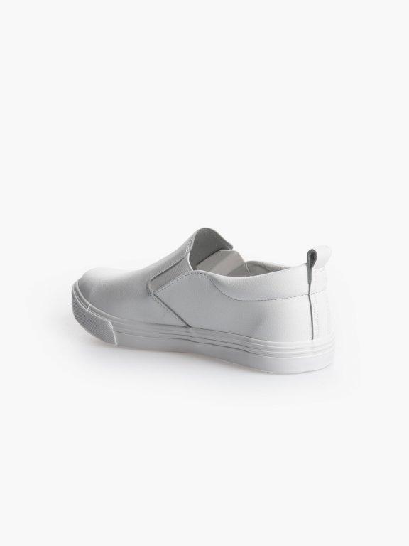 Basic slip-ons