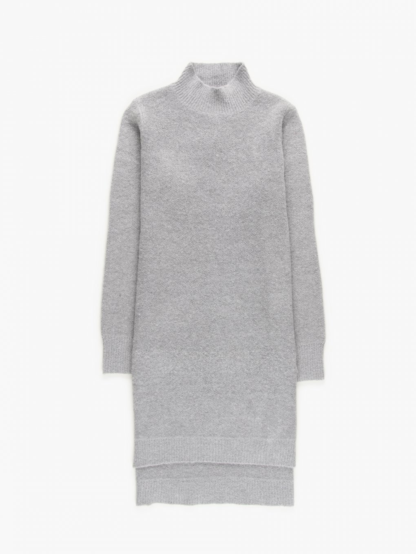 Dlouhý pulovr s vysokým límcem