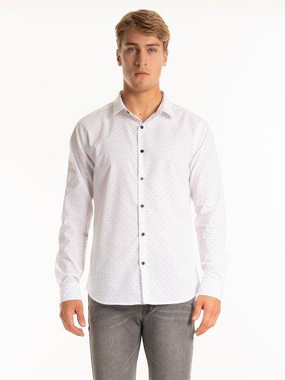 Základná košeľa slim fit