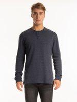 Waffle knit basic long sleeve t-shirt