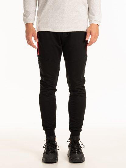 Spodnie dresowe z kontrastowymi panelami
