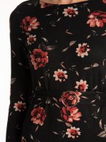 Floral print dress with belt