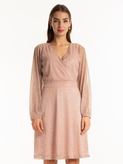 Structured evening dress with puff sleeves