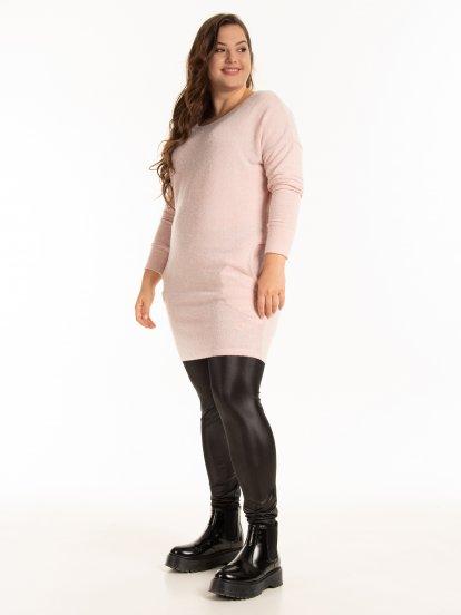 Prodloužený pulovr s kapsami