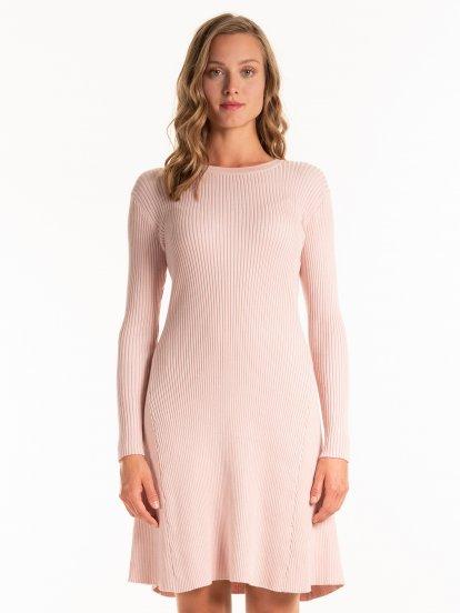 Sukienka ze splotu żeberkowego