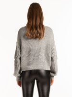 Ribbed sweater with decorative shiny stones