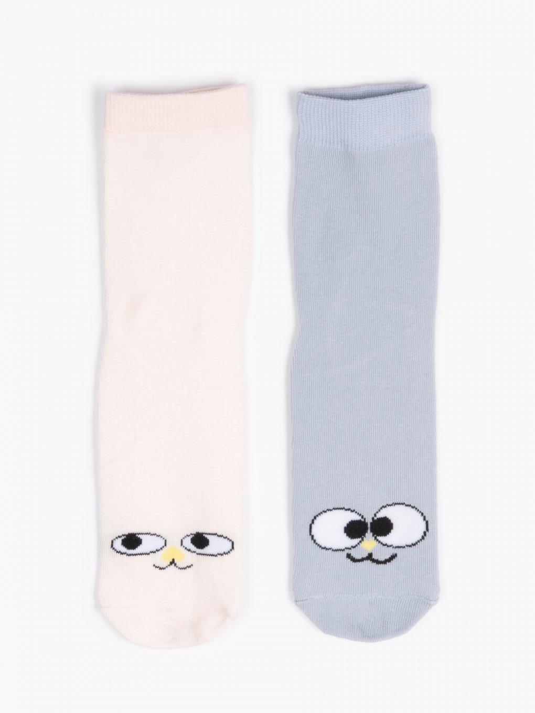 Sada dvou párů ponožek se vzorem