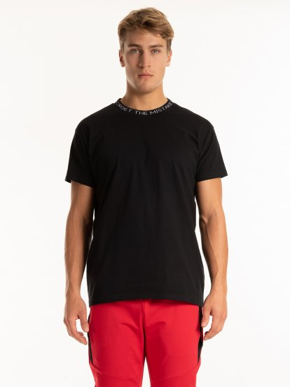 Slogan neck t.shirt
