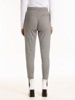 Elastické kalhoty se vzorem kohoutí stopy