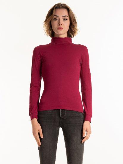 Basic cotton rollneck t-shirt