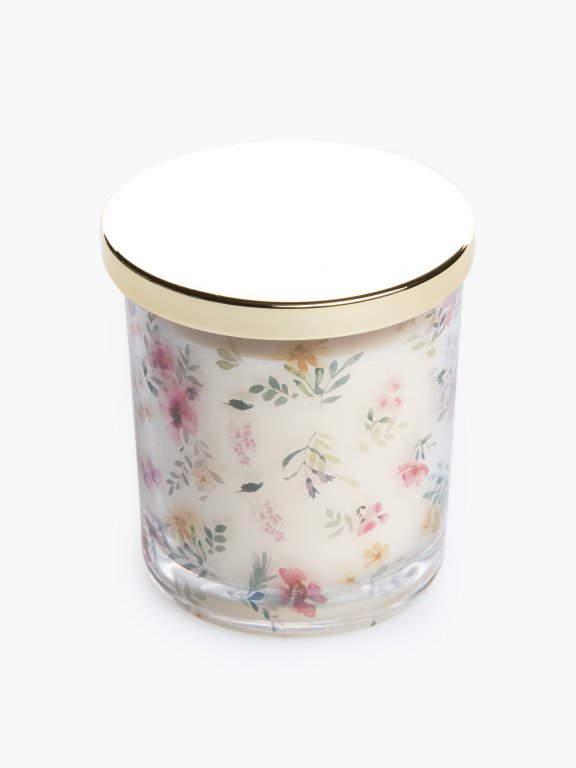 Oats & cornflower scented candle