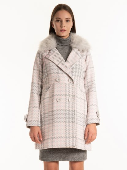 Plaid coat with faux fur