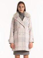 Plaid coat with faux fur