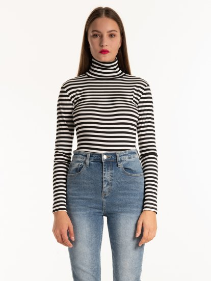Striped rollneck t-shirt