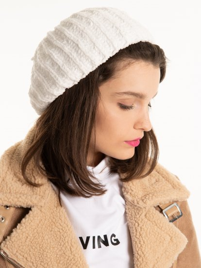 Szenilowy beret