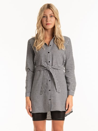 Gingham shirt with belt