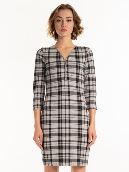 Plaid dress with zipper