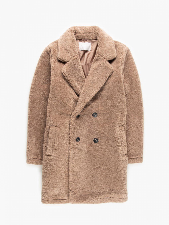 Kabát volného střihu
