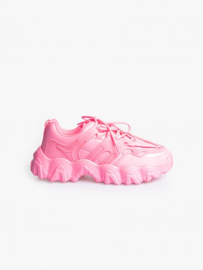 Chunky sneakers