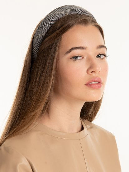 Plaid sponge padded headdress