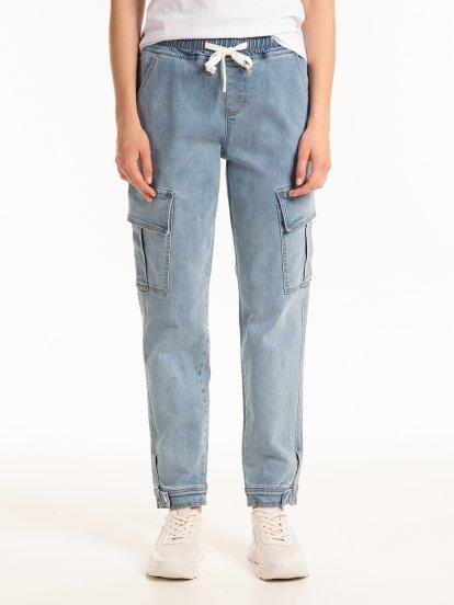 Kapsáčové džínsy