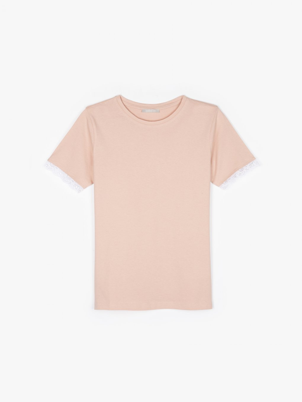 Basic cotton top with sleeve lace