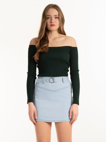 Off the shoulders jumper