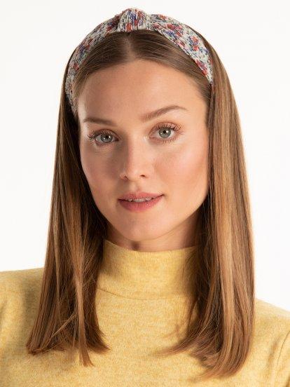 Šifónová čelenka do vlasov s motívom kvetov a uzlom