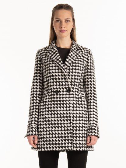 Kabát s pepitoým vzorem