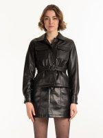 Košeľová bunda z imitácie kože